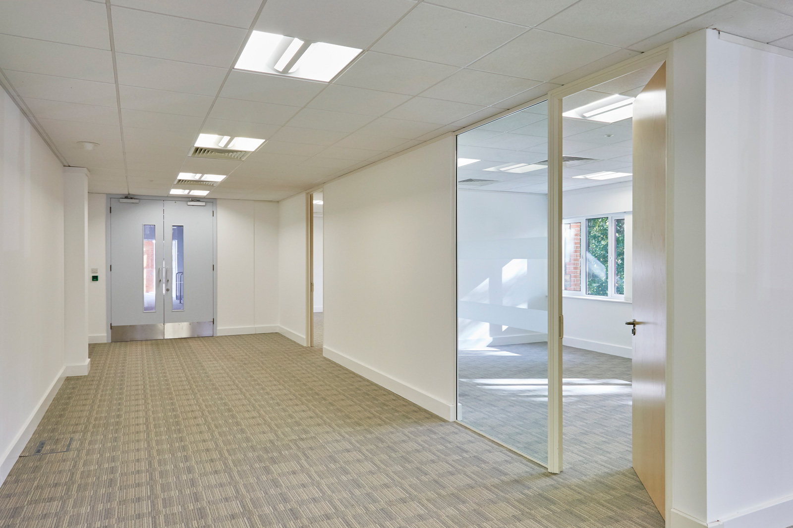 Empty office Space on site at Tanshire park