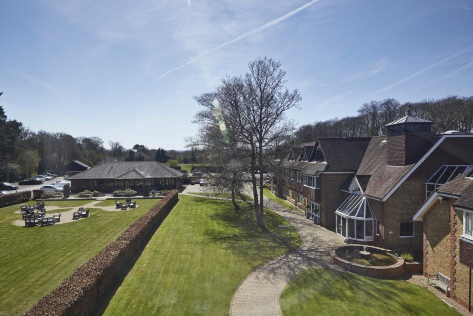 Tanshire Park Pavilion & Oak House