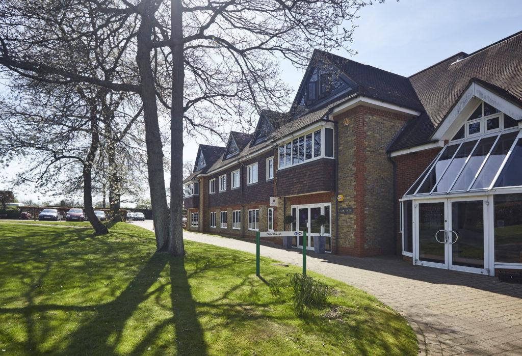 Tanshire Park Oak House Entrance