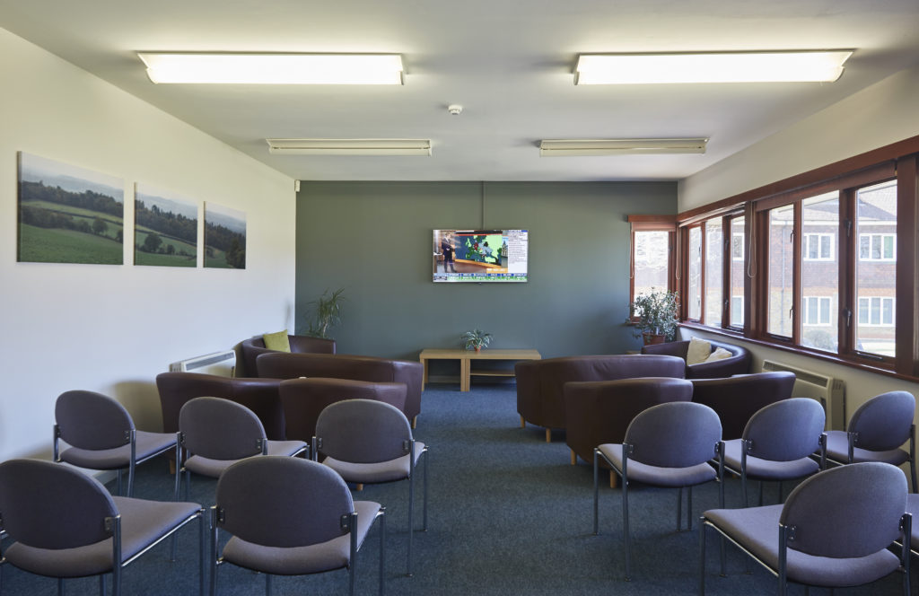 Pavilion Meeting Room at Tanshire Park
