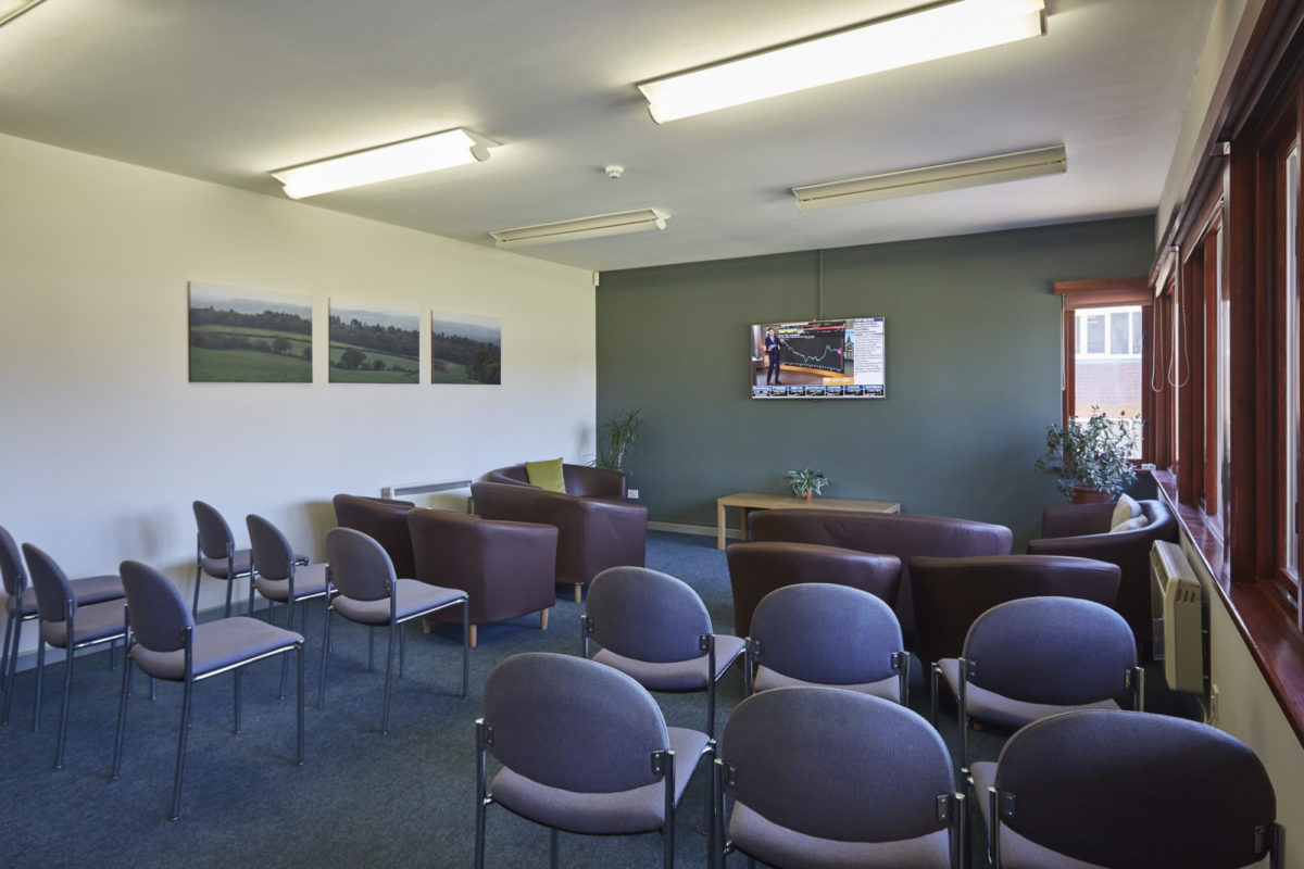Tanshire Park Pavilion Meeting Room