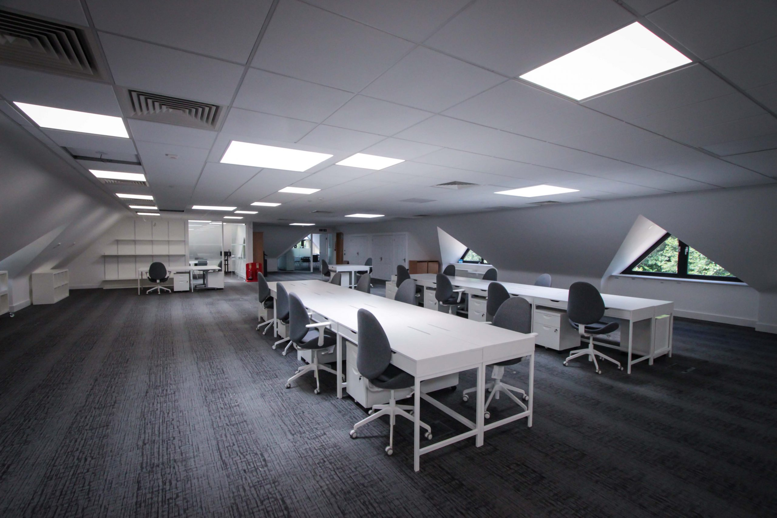 Tanshire Park COVID-19 safe, large, spacious office space in Surrey