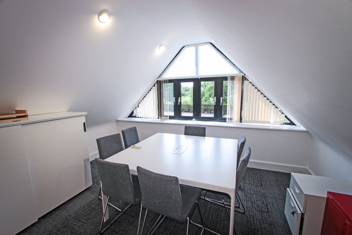 Grade A office conference meeting space at Tanshire Park Surrey Business Park - To Rent in Oak House